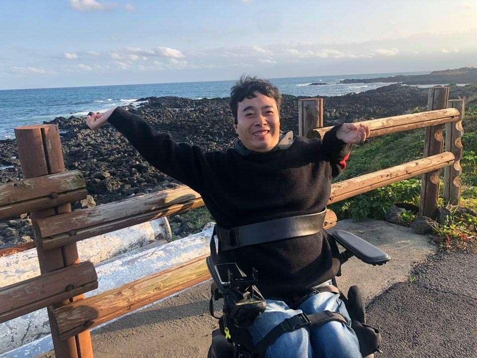 성산 일출봉-휠체어 접근 바닷가 해안도로 전복마시 문어마시 가는 해변(조용하고 한적한 해안)